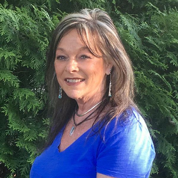 Carolyn Lindsay